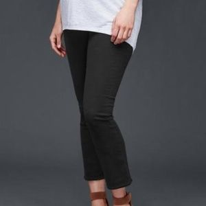 Gap 1969 Demi Panel Maternity Kick Crop Jeans